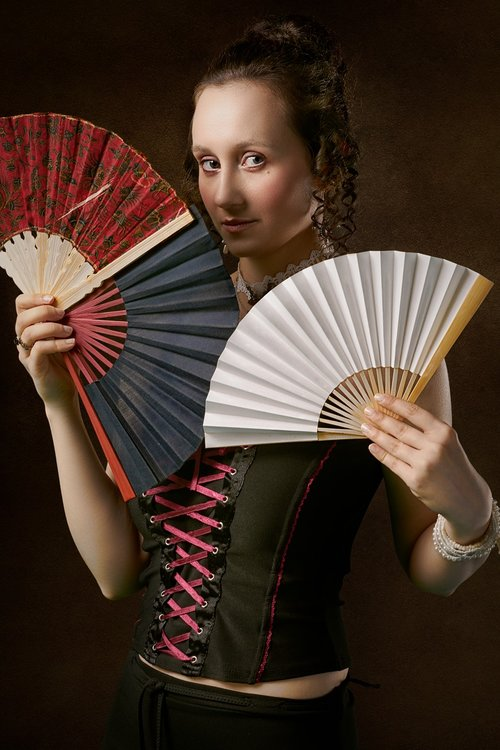 fans  girl  portrait
