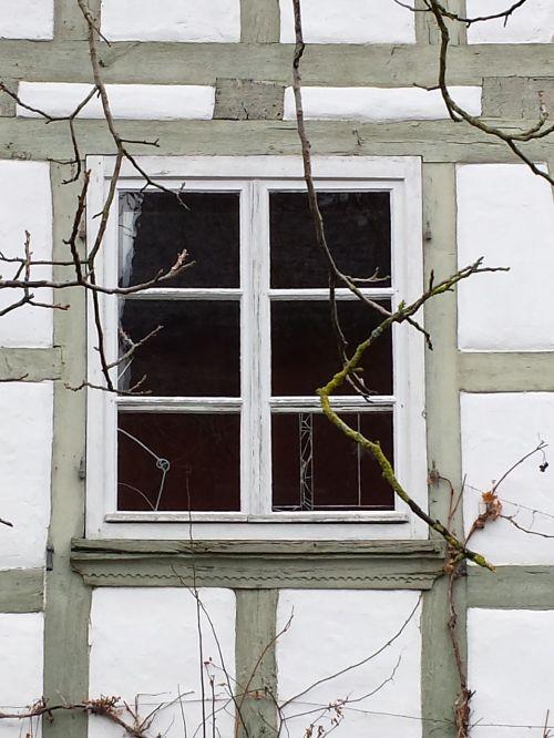 farmhouse window truss