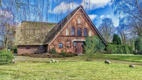 farmhouse rural old