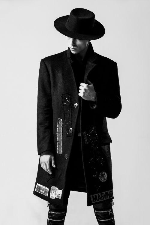 fashion men's individuality