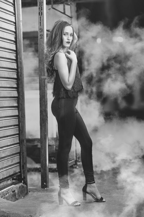 fashion photo in black and white women's fashion