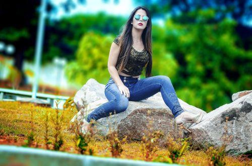 mada,džinsai,akiniai,atrodo,atrodo,Moteris,moteris,gatvė,pants,gražus,avalynė,portretas,grožis