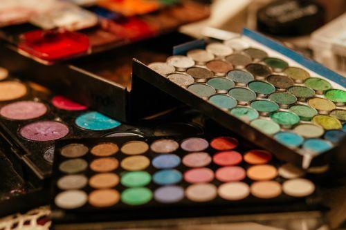 mada,fonas,gražus,grožis,dėžė,šepetys,spalva,spalvinga,spalva,kosmetika,akis,akių šešėlis