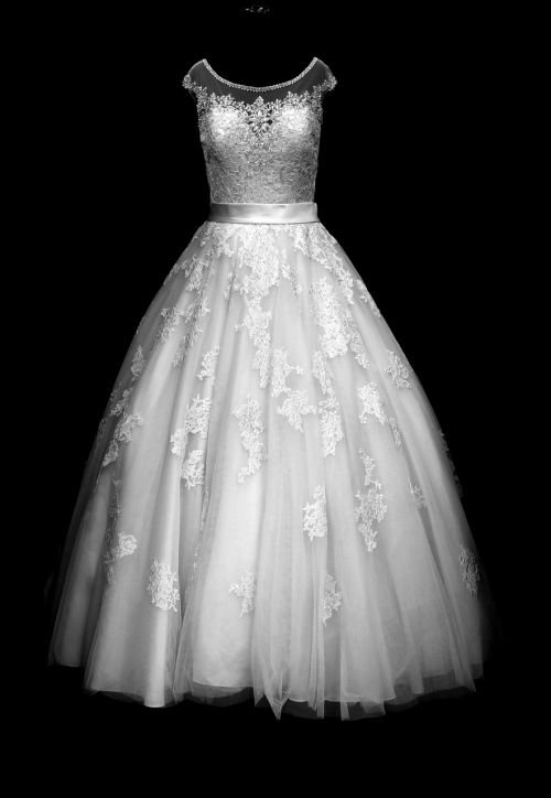 fashion,elegant,dress,wedding,bride,style,gown,lace,tulle,bridal,vogue,marriage,couture