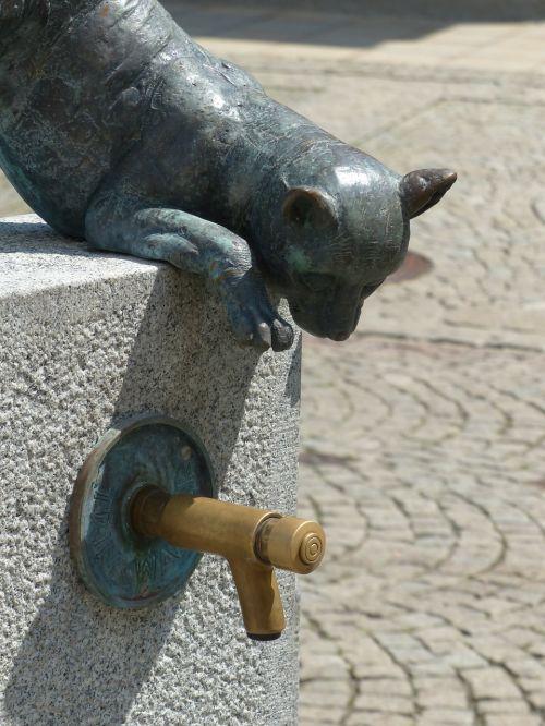 faucet fountain freilassing
