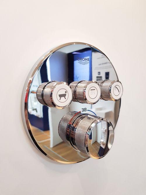faucet shower plumbing