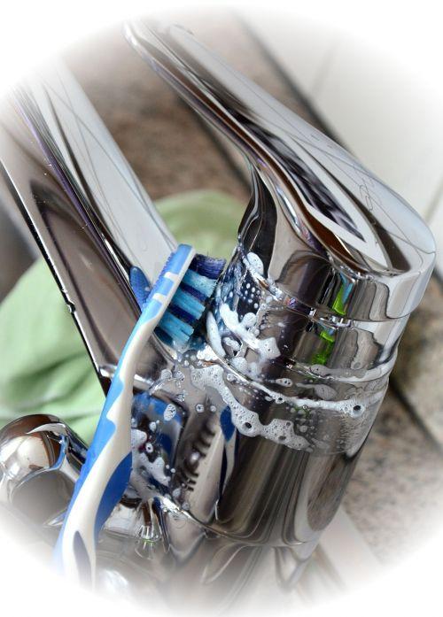 faucet valve clean