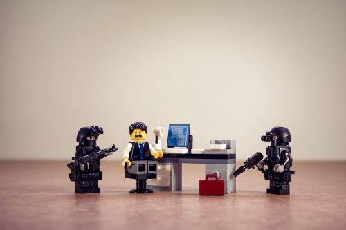 fbi police force surveillance