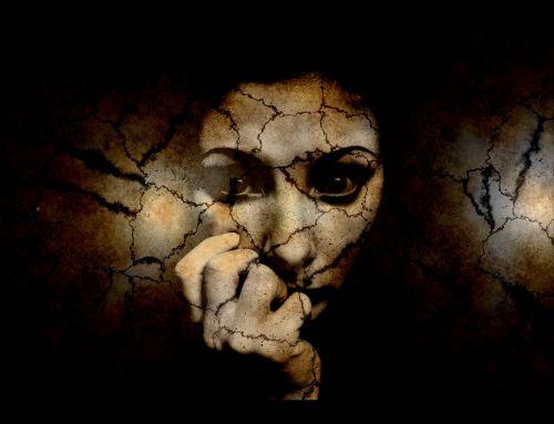 fear woman crack