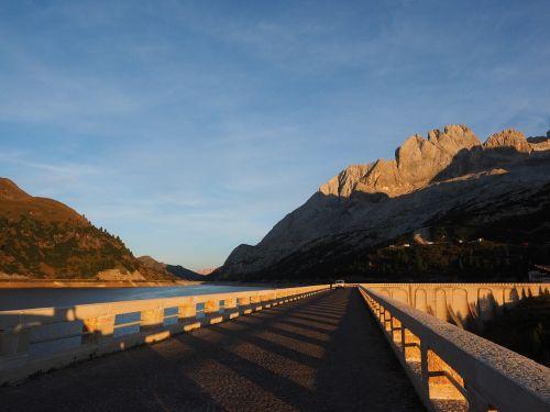 fedaia lake road dam system