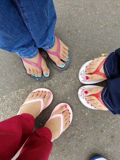 feet toes pretty
