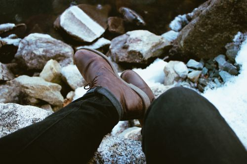 feet leather boots