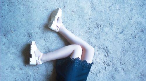 feet girls girl in dress hair