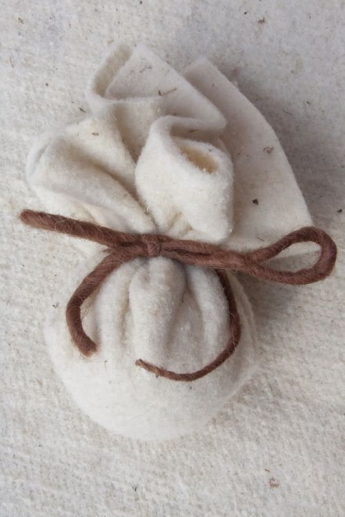 felt bag sheep's wool