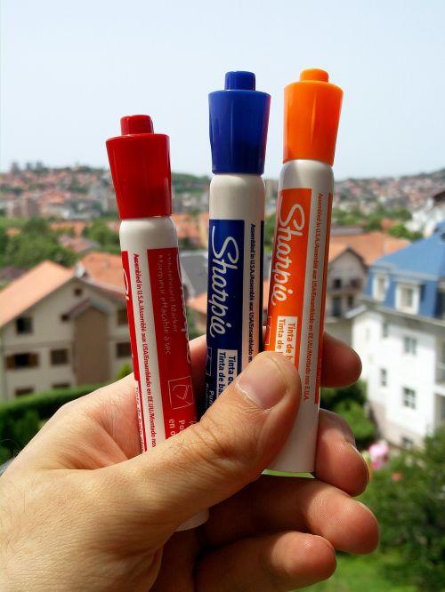 felt pens pens markers