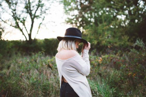female hat girl