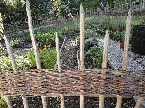 fence builders fence herb garden