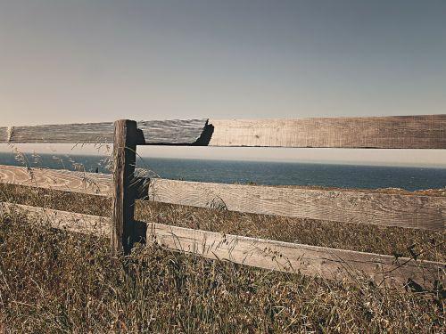 fence wooden border