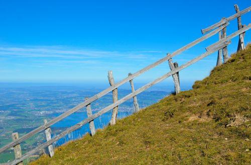 fence foresight steep