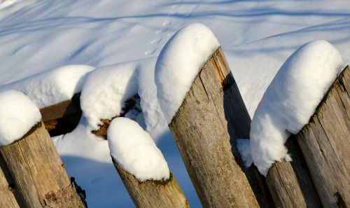 fence winter snow