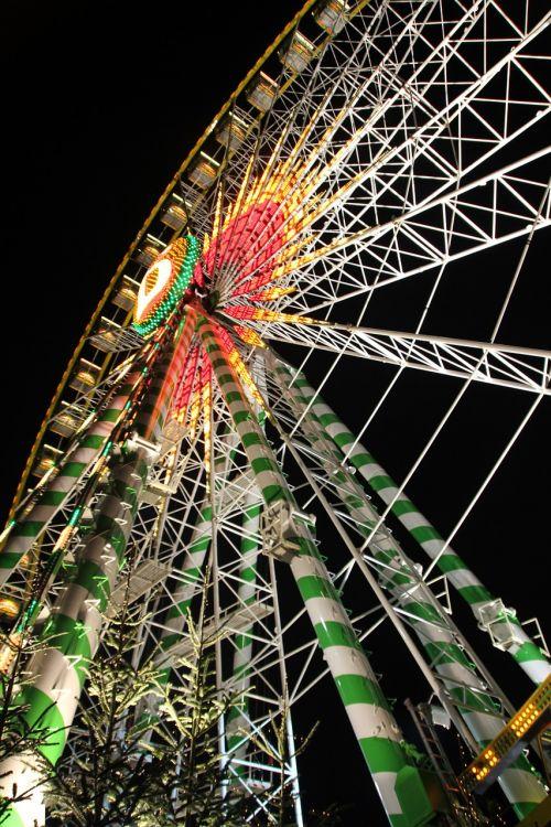 ferris wheel fair rides