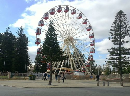 ferris wheel fremantle western australia