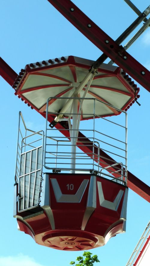 Ferris Wheel Pod