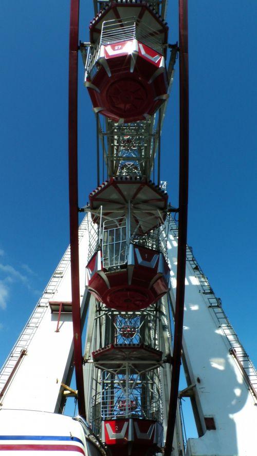 Ferris Wheel Pods