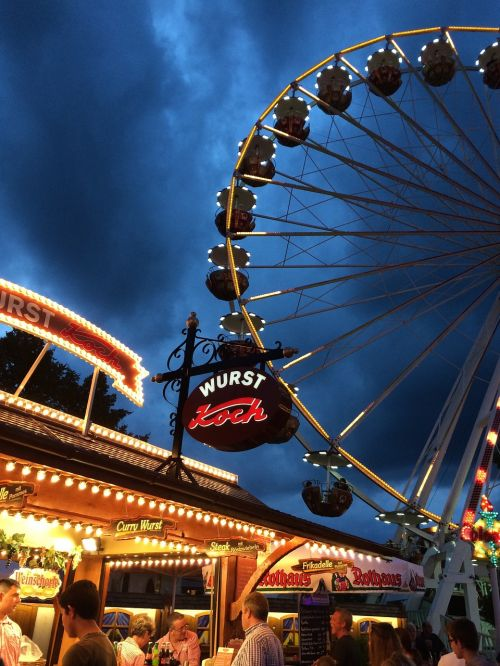 ferriswheel fair ride