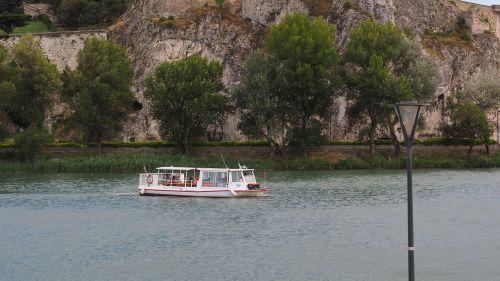 ferry crossing rhône