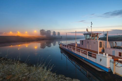 ferry give schanz the district of kleve