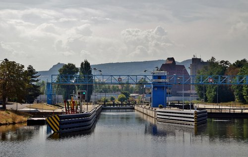 ferry  chamber of commerce  canal