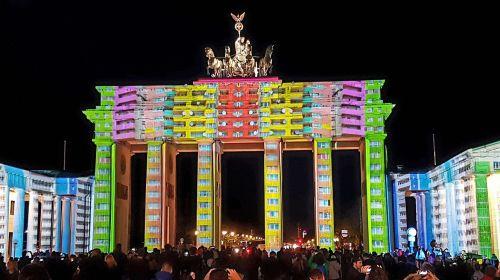 festival of lights brandenburg gate berlin