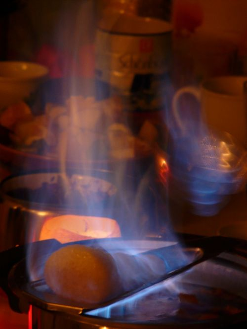 feuerzangenbowle fire flame