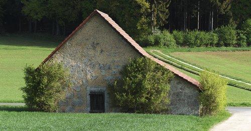 field barn  fields  hedges
