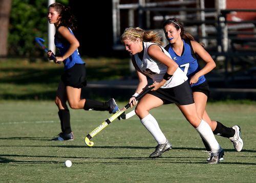 field hockey player girls
