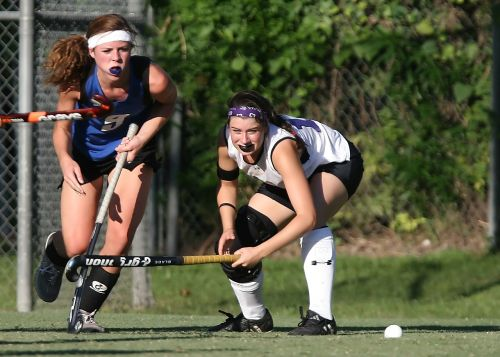 field hockey player action