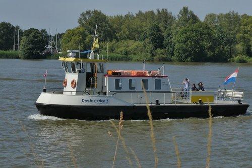 fietspont  the leak  ferry service