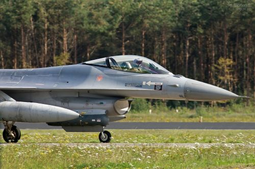 fighter jet aircraft military fighter jets