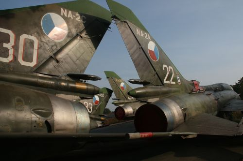 fighters army jets