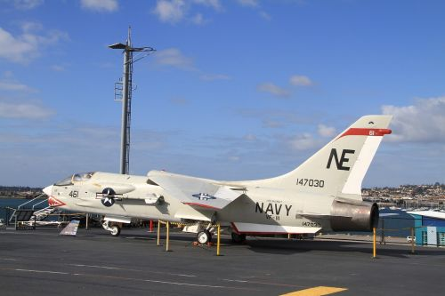 fighters united states aircraft carrier