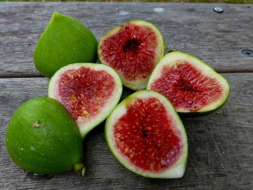 figs fruit ripe