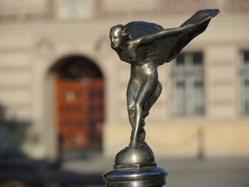 figure metal model