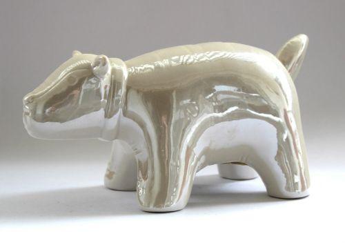 figure porcelain sculpture