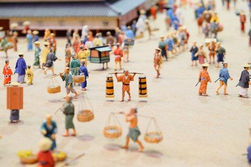 figure  miniature  japan
