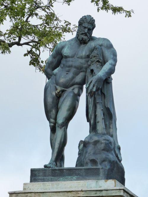 figure statue sculpture