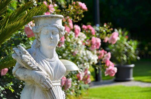 figure statue garden gnome