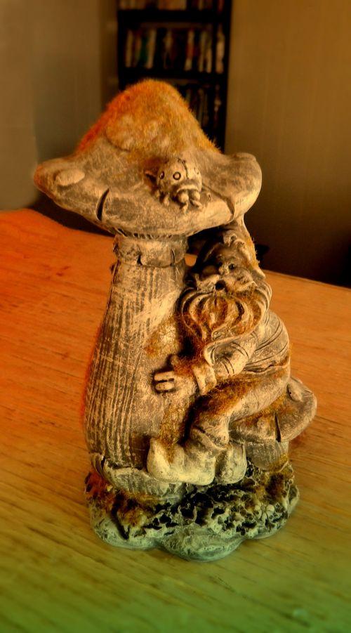 Figurine (2)