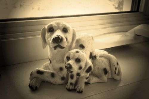 Figurine (4) - Dogs
