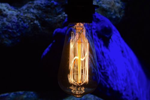 filament vintage lamp close